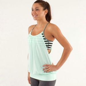 Lululemon athletica No Limits Tank top with bra